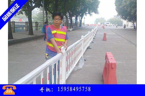 台州公路波形梁护栏的组成及作用简介