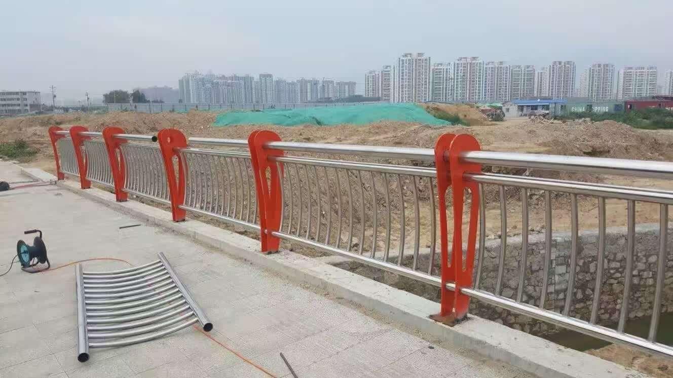 荆州监利县护栏河道型号规格不同用途也不一样