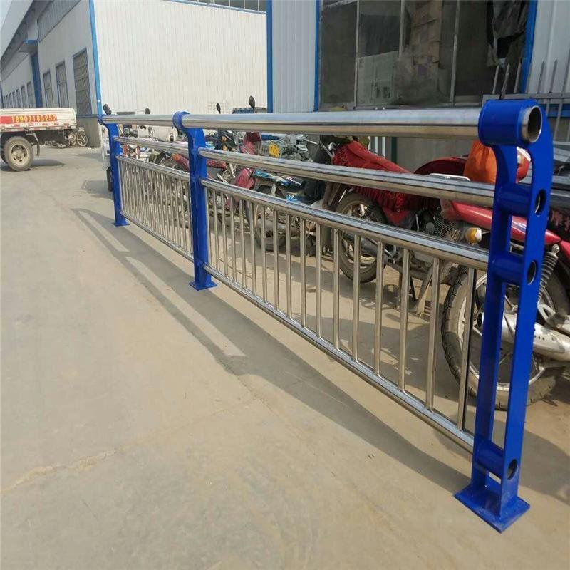 荆州江陵县不锈钢复合管防撞护栏生产