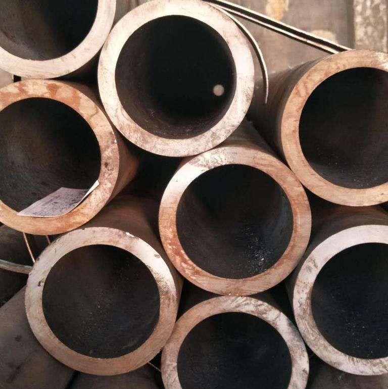 荥阳市热轧无缝钢管专业市场形势严峻产能过剩是行业沉疴