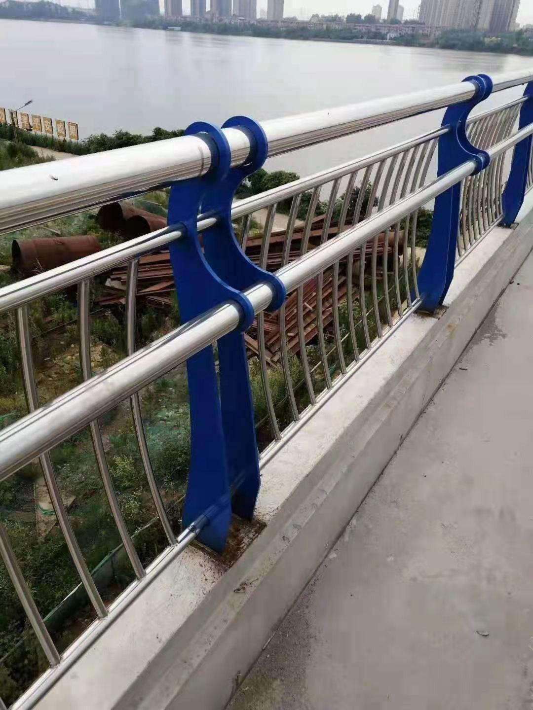 天津不锈钢复合管栏杆失效原因分析