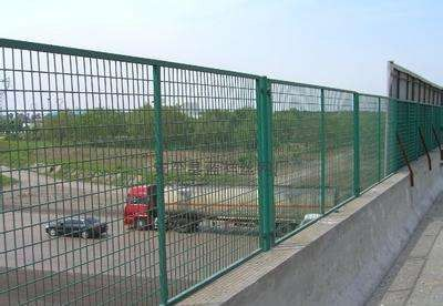 五指山市围墙护栏一吨多少钱