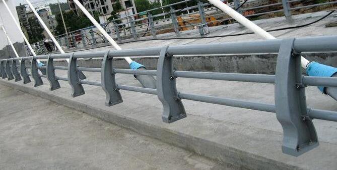 鸡西201不锈钢护栏产品的选用