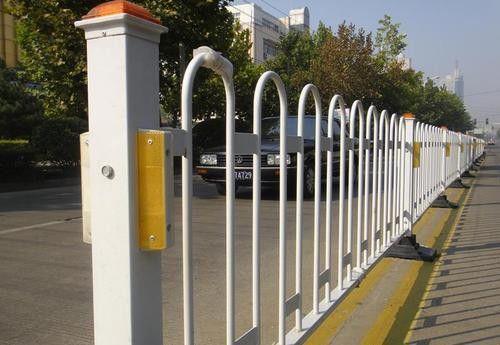 常熟市马路护栏疯狂价格再次暴涨