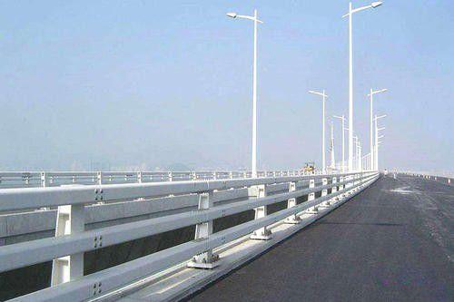 永州道县不锈钢桥梁护栏的噪声相对较小