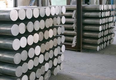 固原市5083铝棒表面的保护技巧