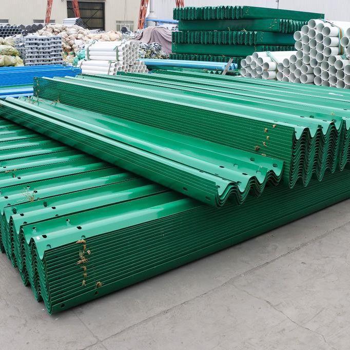 嘉善县环氧锌基聚酯复合涂层公路护栏怎样选择高质量耐用便宜的