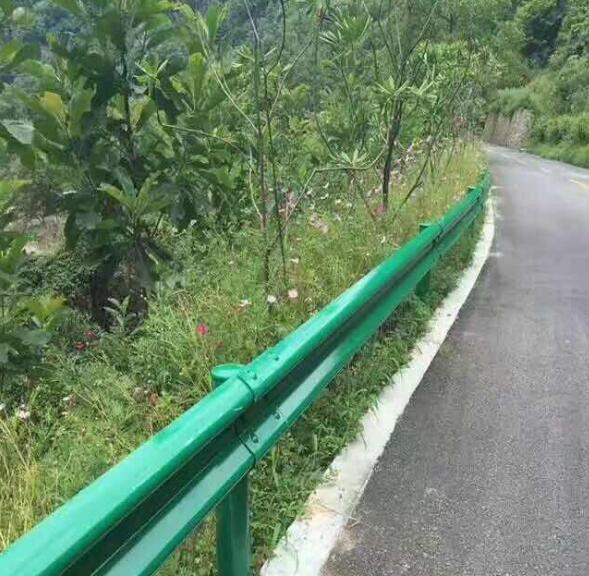 桥梁灯光护栏