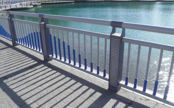 天桥不锈钢护栏