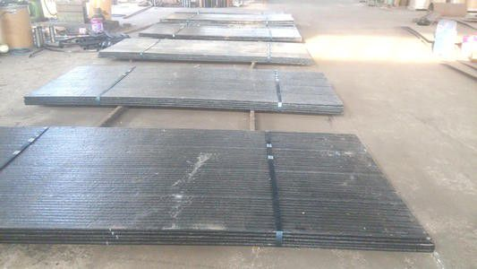 内蒙古碳化铬耐磨复合衬板资源陆续抵达库存压力明显